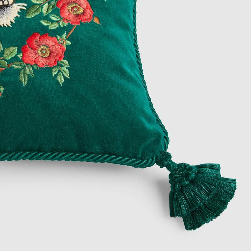 Velvet cushion with tiger embroidery (482720ZAF053202)
