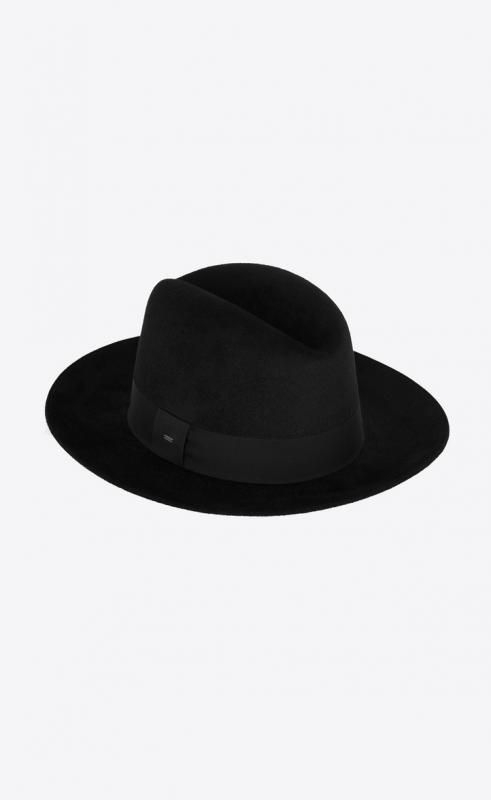 fedora hat in rabbit felt (6282813YG071000)
